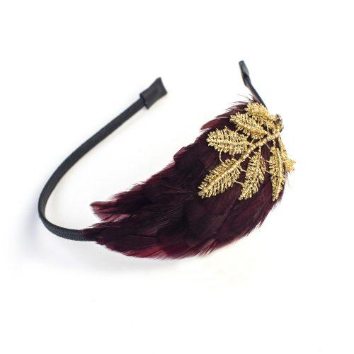 Serre-tête Asami à plumes rouges avec strass et broderies