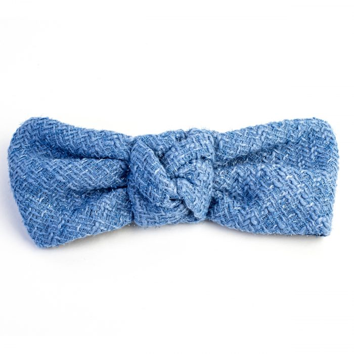 Turban Mayumi en laine bleu clair et noeud