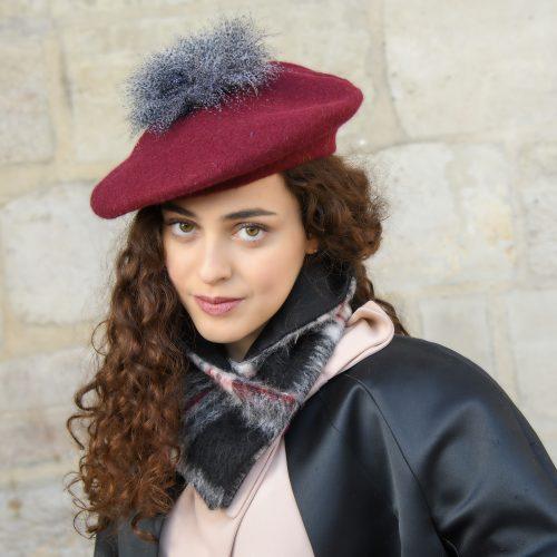 Beret Cloé rouge en laine et plumes d'oie