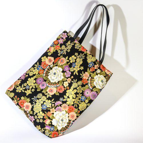cabas-coton-du-japon-fleurs-noir-or-anses-cuir-doublure-coton-johanna-braitbart