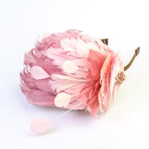 bibi peau rose plumes d'oie et broderie de strass rose